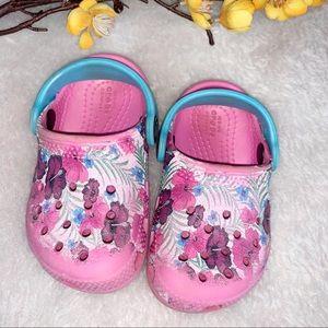 CROCS || 6 Infant Sandals Pink Tropical Floral